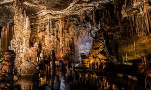 Blanchard Springs Caverns Arkansas 300x180