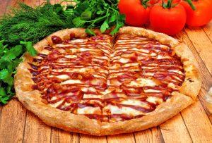 Big pizza pie ready to eat 300x203